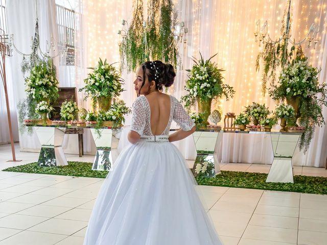 O casamento de Gabriel e Kenia em Cotia, São Paulo 6