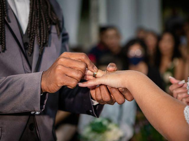 O casamento de Gabriel e Kenia em Cotia, São Paulo 11