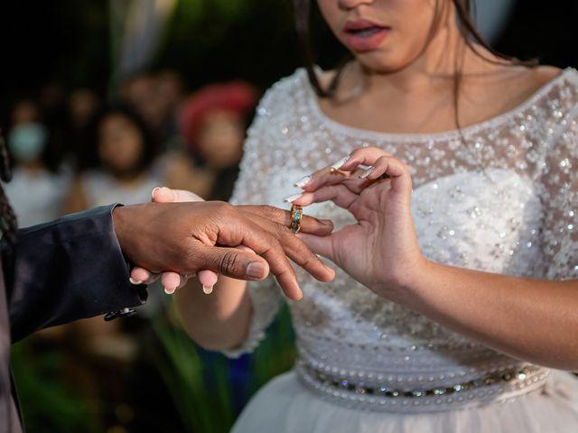 O casamento de Gabriel e Kenia em Cotia, São Paulo 12