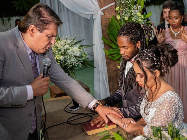 O casamento de Gabriel e Kenia em Cotia, São Paulo 14
