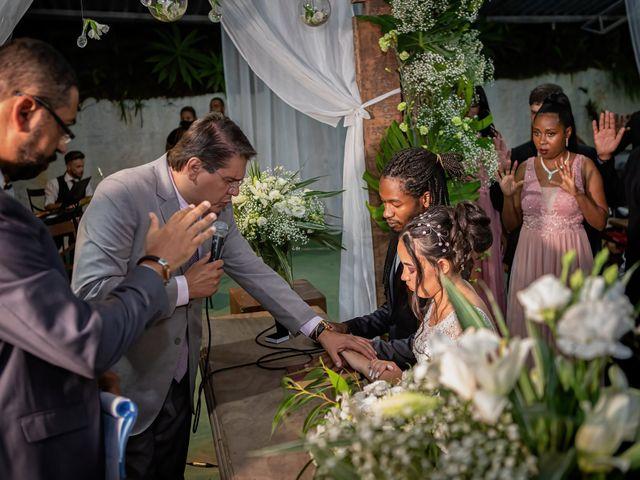 O casamento de Gabriel e Kenia em Cotia, São Paulo 15
