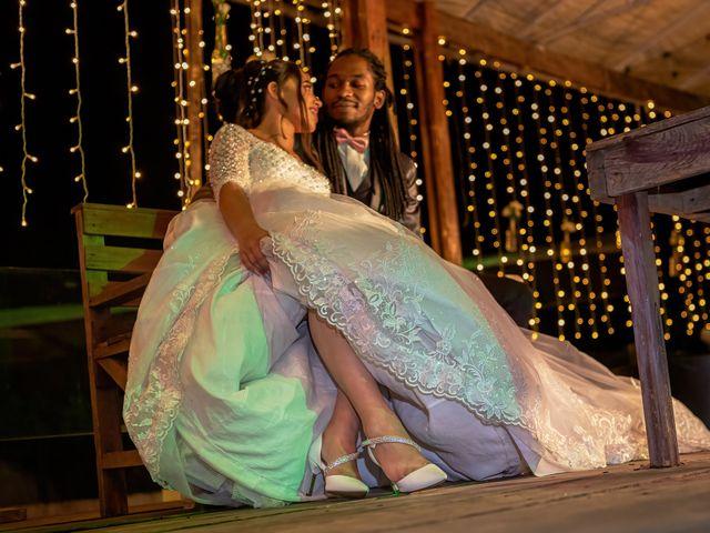 O casamento de Gabriel e Kenia em Cotia, São Paulo 22