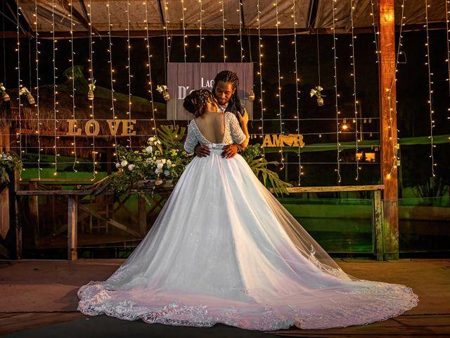 O casamento de Gabriel e Kenia em Cotia, São Paulo 24