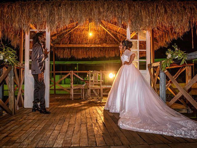 O casamento de Gabriel e Kenia em Cotia, São Paulo 26