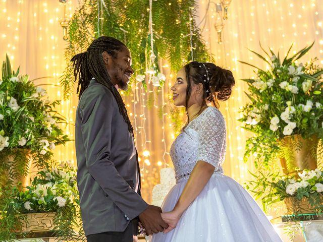 O casamento de Gabriel e Kenia em Cotia, São Paulo 29