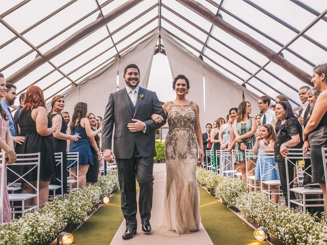 O casamento de Thales e Camila em Vinhedo, São Paulo 16