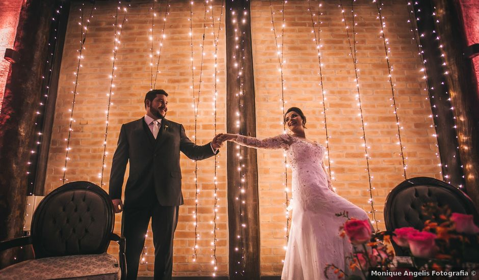 O casamento de Thales e Camila em Vinhedo, São Paulo