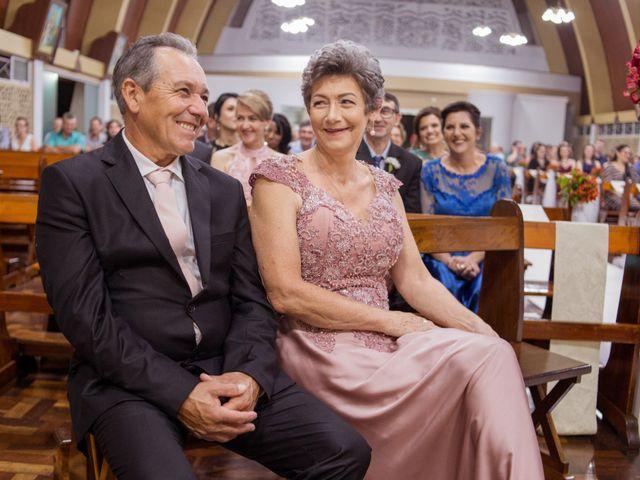 O casamento de Rafael e Rafaela em Dois Vizinhos, Paraná 16