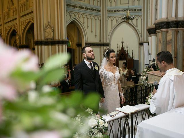 O casamento de Bruno e Thiara em Belo Horizonte, Minas Gerais 80