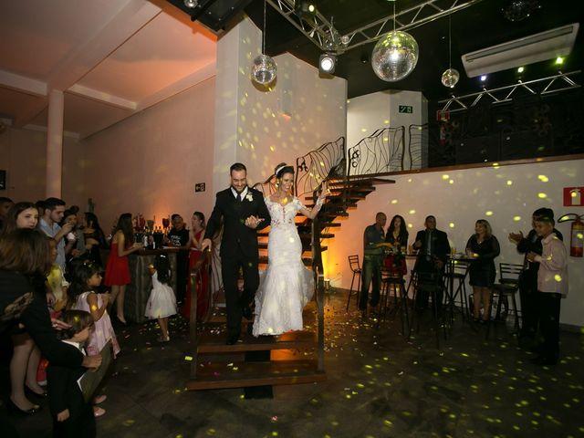 O casamento de Bruno e Thiara em Belo Horizonte, Minas Gerais 96