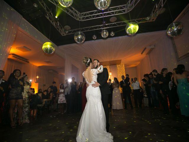 O casamento de Bruno e Thiara em Belo Horizonte, Minas Gerais 112