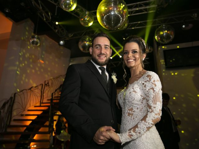 O casamento de Bruno e Thiara em Belo Horizonte, Minas Gerais 113
