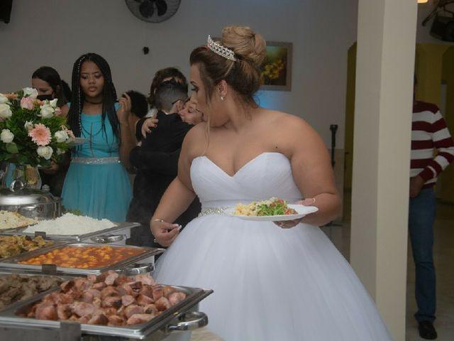 O casamento de Ricardo e Cintia  em Jandira, São Paulo 57