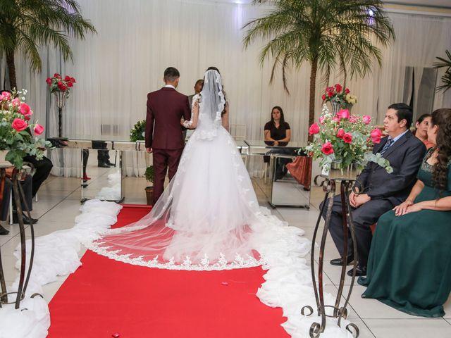O casamento de Tiago e Mirian em Curitiba, Paraná 11