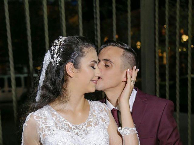 O casamento de Tiago e Mirian em Curitiba, Paraná 16