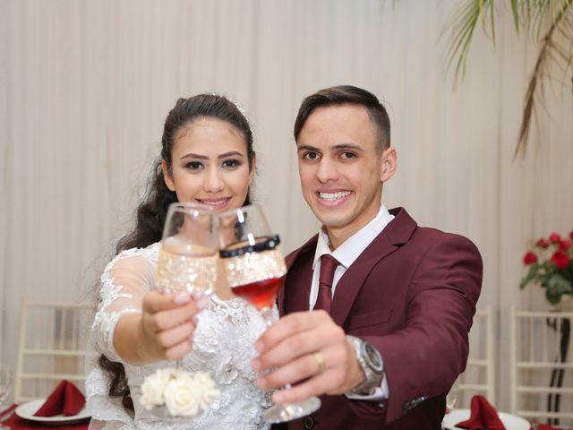 O casamento de Tiago e Mirian em Curitiba, Paraná 19