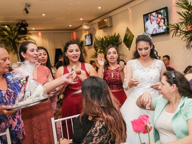 O casamento de Tiago e Mirian em Curitiba, Paraná 25