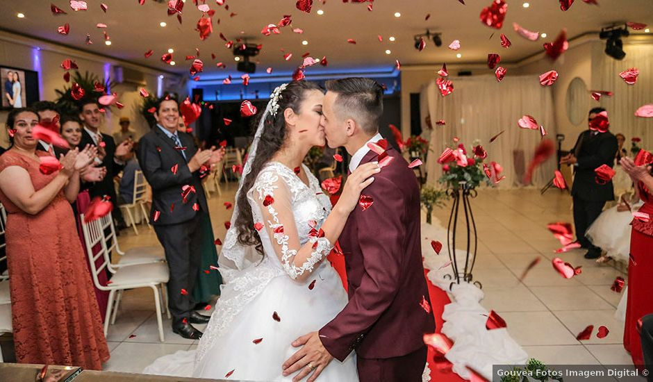 O casamento de Tiago e Mirian em Curitiba, Paraná