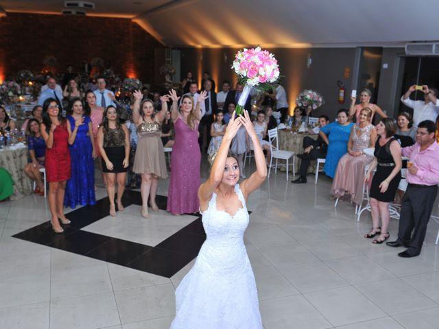 O casamento de Renan e Thaise em Londrina, Paraná 39