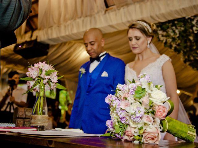 O casamento de Marcus e Denise em Diadema, São Paulo 18