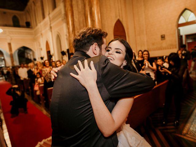 O casamento de Lucas e Mari em Belo Horizonte, Minas Gerais 16