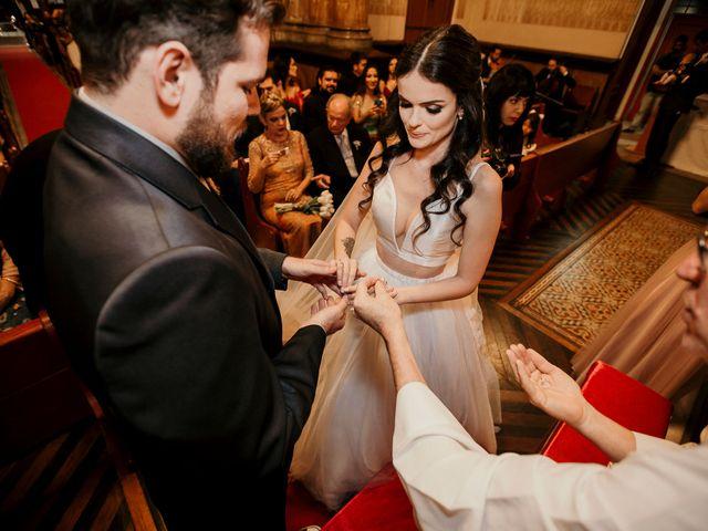 O casamento de Lucas e Mari em Belo Horizonte, Minas Gerais 19