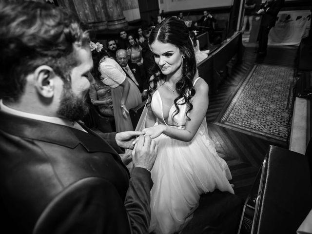 O casamento de Lucas e Mari em Belo Horizonte, Minas Gerais 20