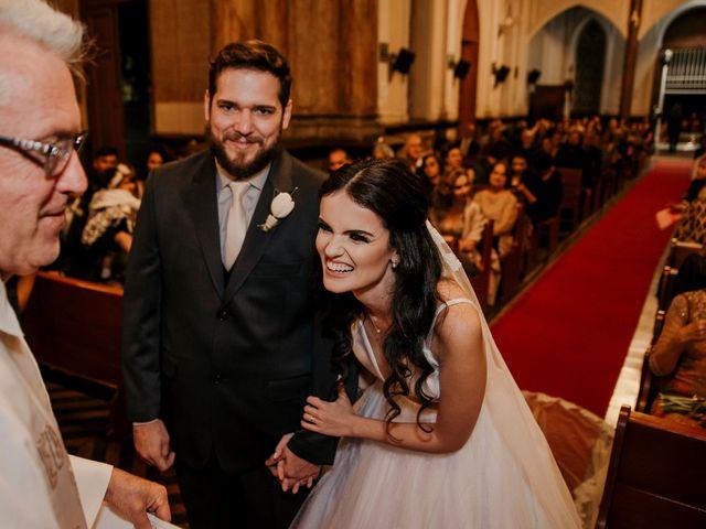 O casamento de Lucas e Mari em Belo Horizonte, Minas Gerais 27