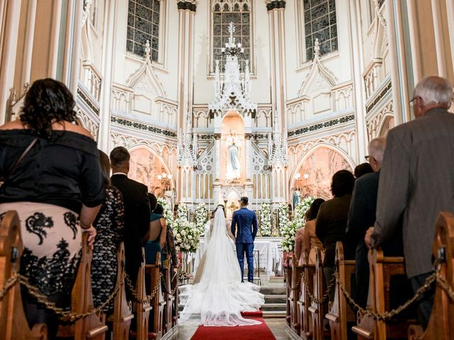 O casamento de Alysson e Camila em Belo Horizonte, Minas Gerais 10
