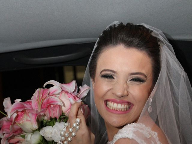 O casamento de Dalber e Priscila em Belo Horizonte, Minas Gerais 11