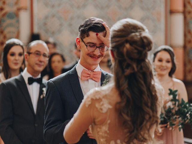 O casamento de Thais e Gabriel em Curitiba, Paraná 52