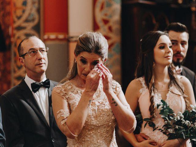 O casamento de Thais e Gabriel em Curitiba, Paraná 56
