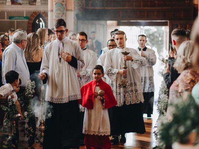 O casamento de Thais e Gabriel em Curitiba, Paraná 66