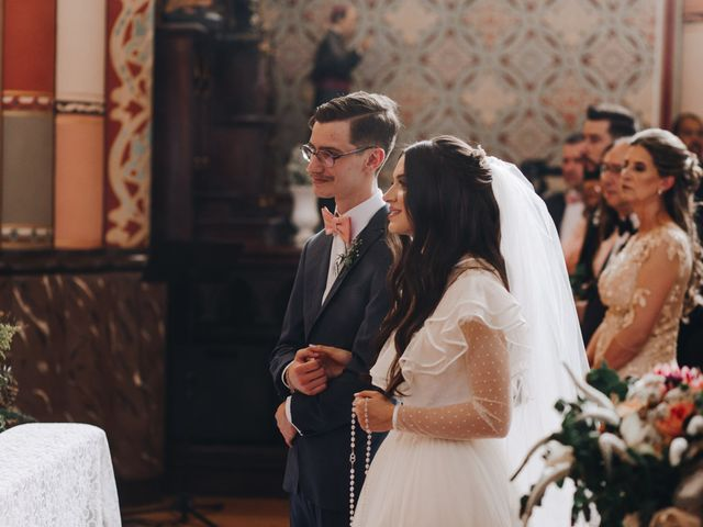 O casamento de Thais e Gabriel em Curitiba, Paraná 81