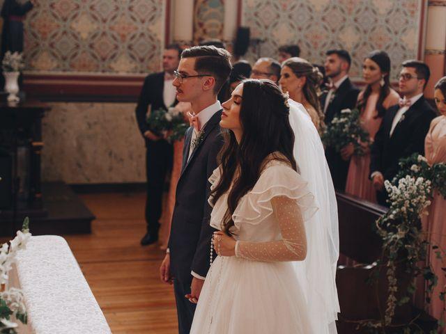 O casamento de Thais e Gabriel em Curitiba, Paraná 96