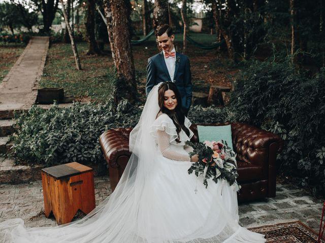 O casamento de Thais e Gabriel em Curitiba, Paraná 135