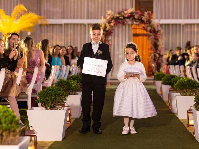 O casamento de Samuel e Rafaella em Curitiba, Paraná 107