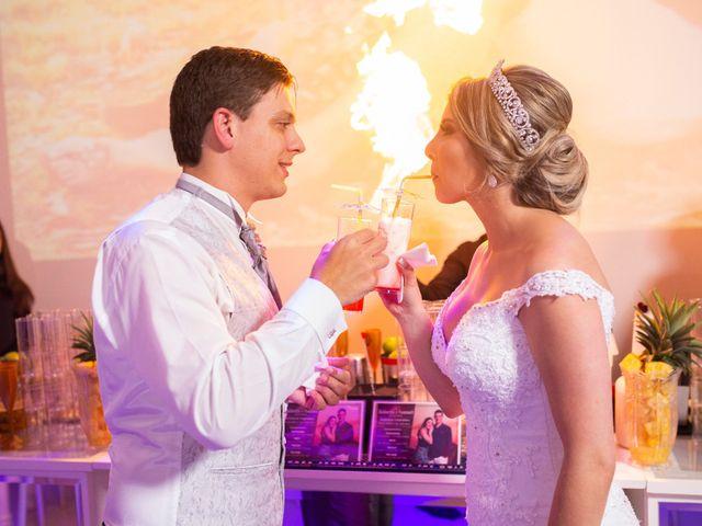 O casamento de Samuel e Rafaella em Curitiba, Paraná 157