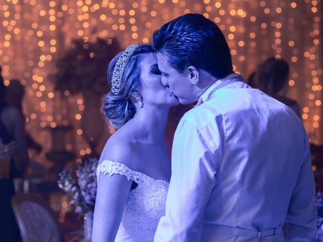 O casamento de Samuel e Rafaella em Curitiba, Paraná 161