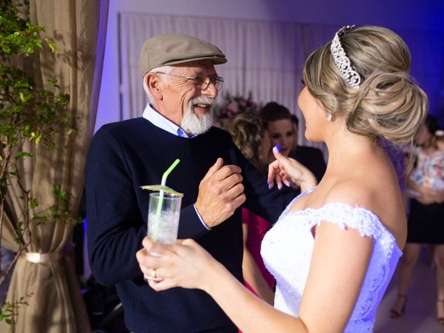 O casamento de Samuel e Rafaella em Curitiba, Paraná 166