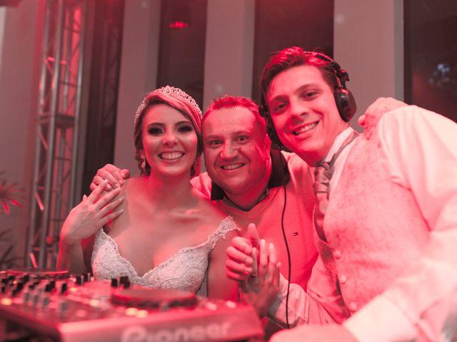 O casamento de Samuel e Rafaella em Curitiba, Paraná 173