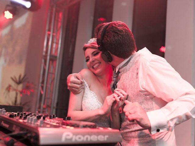 O casamento de Samuel e Rafaella em Curitiba, Paraná 174