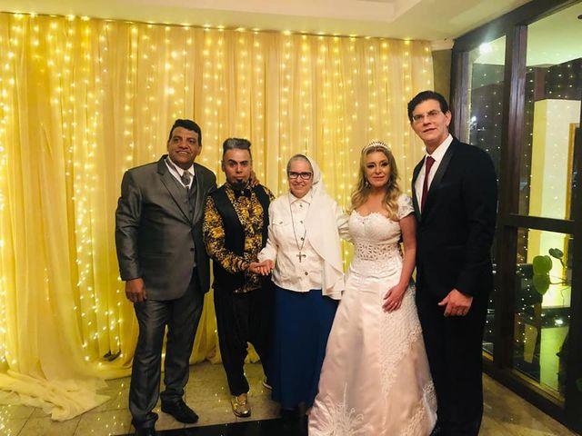 O casamento de Joelson e Graziely em Curitiba, Paraná 25