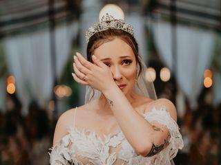 O casamento de Elizabeth e Andrei
