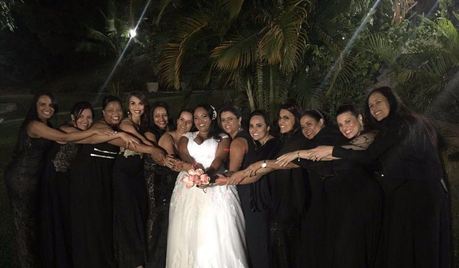 O casamento de Everton e Ana Caroline  em Santa Luzia, Minas Gerais
