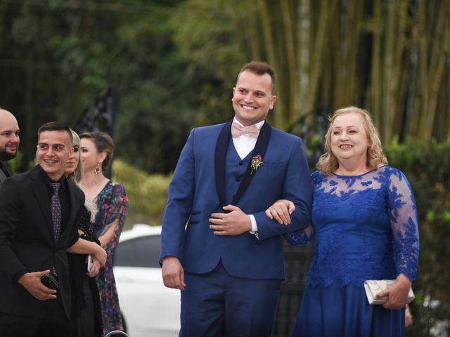 O casamento de Diogo e Jessica em Joinville, Santa Catarina 23