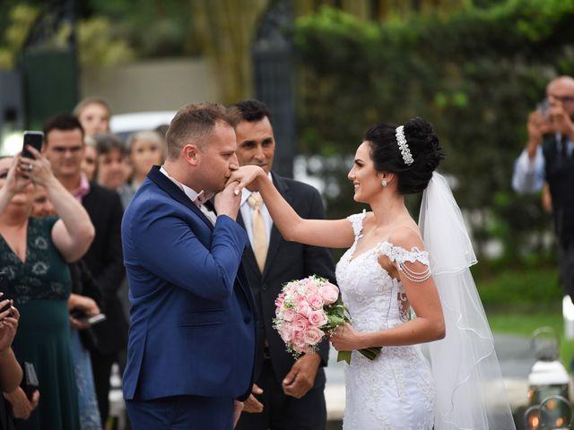 O casamento de Diogo e Jessica em Joinville, Santa Catarina 32