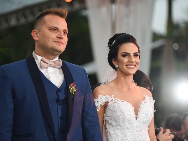 O casamento de Diogo e Jessica em Joinville, Santa Catarina 34