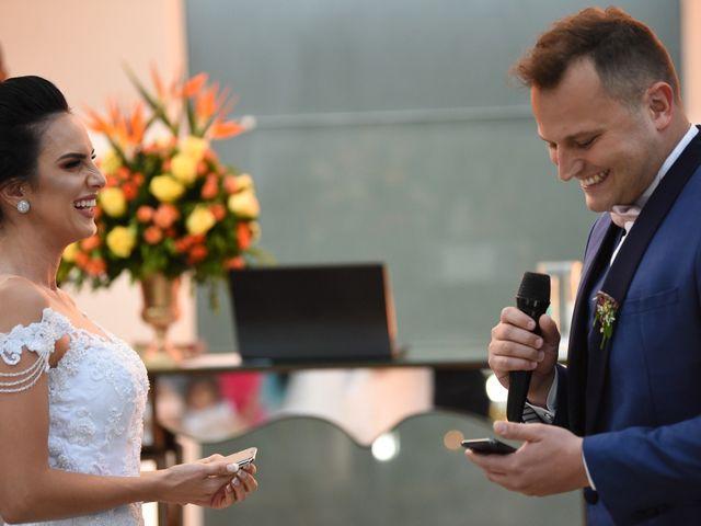 O casamento de Diogo e Jessica em Joinville, Santa Catarina 35