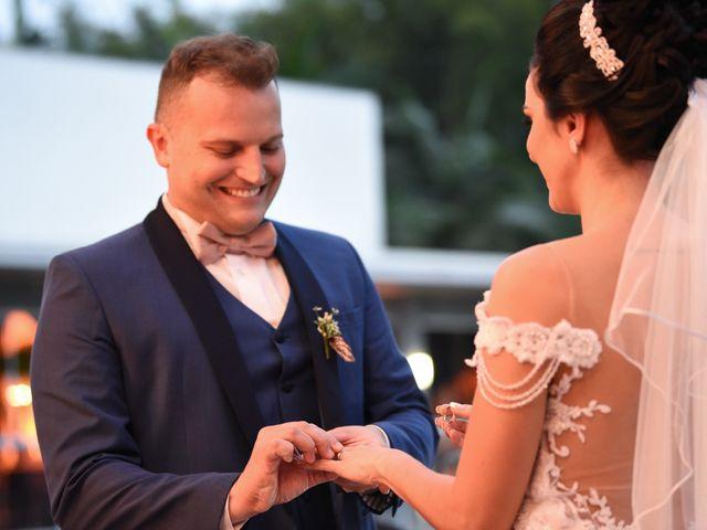 O casamento de Diogo e Jessica em Joinville, Santa Catarina 42